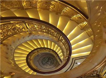 <b>托斯卡纳铜楼梯</b>